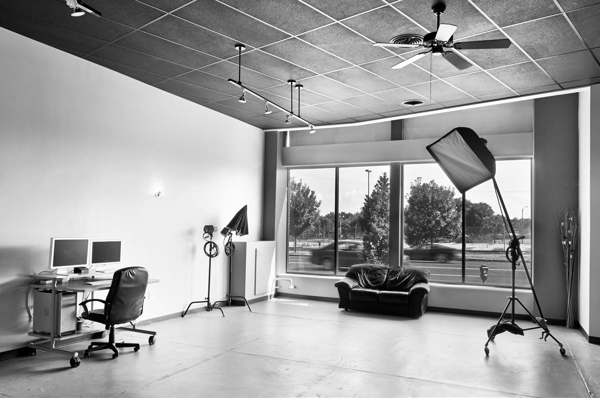 studio a_2-bw
